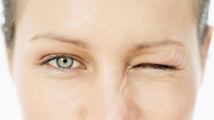 Mắt trái giật ở nữ là điềm báo gì? Xem điềm báo