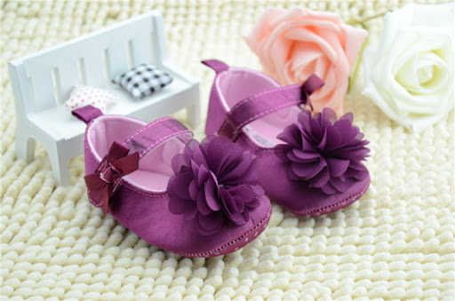 Mơ thấy giày trẻ em là điềm bào gì? Giải mã giấc mơ