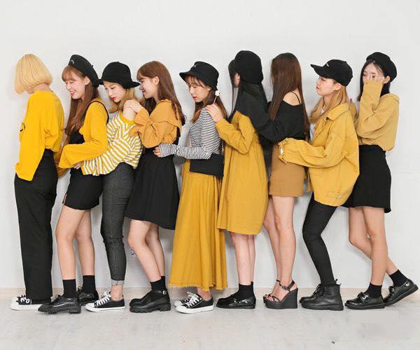 Mơ thấy những bộ quần áo màu vàng có ý nghĩa gì ?